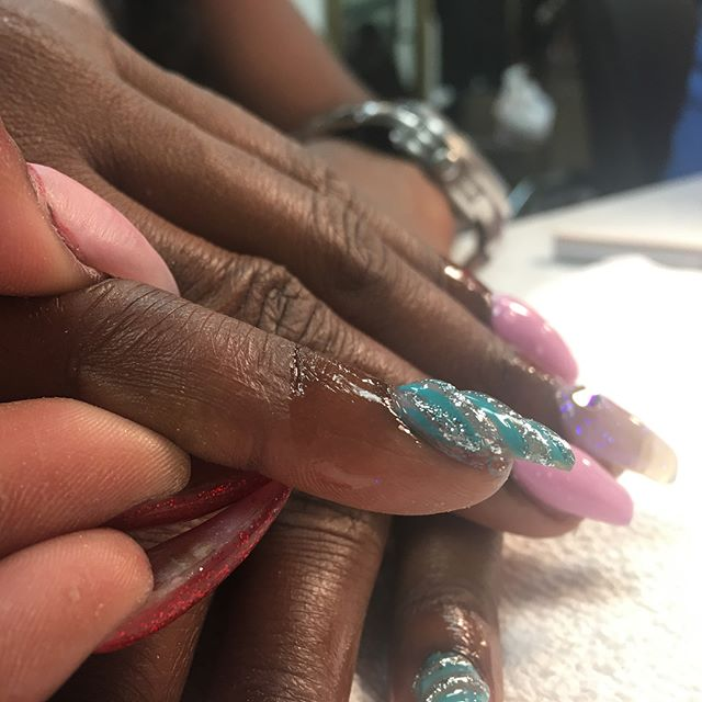 Nails by shay  #instaglam #nailstyle #classynails #classical #nailgram #nailsofinstagram #fairydust