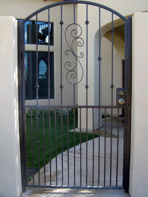 Custom Gate 5