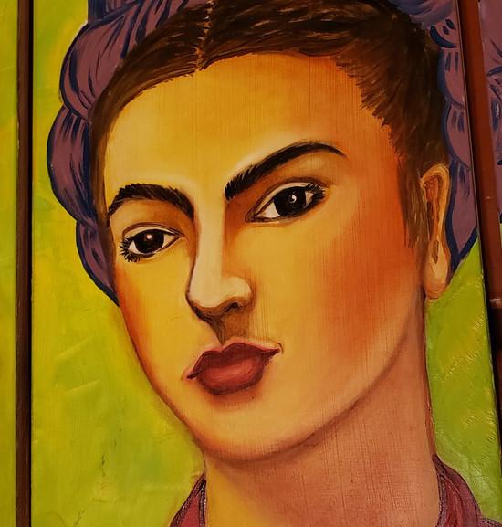 Frida • Details