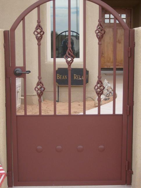 Custom Gate 14