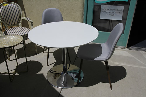Retro Table and FOUR Chairs