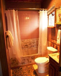 Manzano Room Bathroom