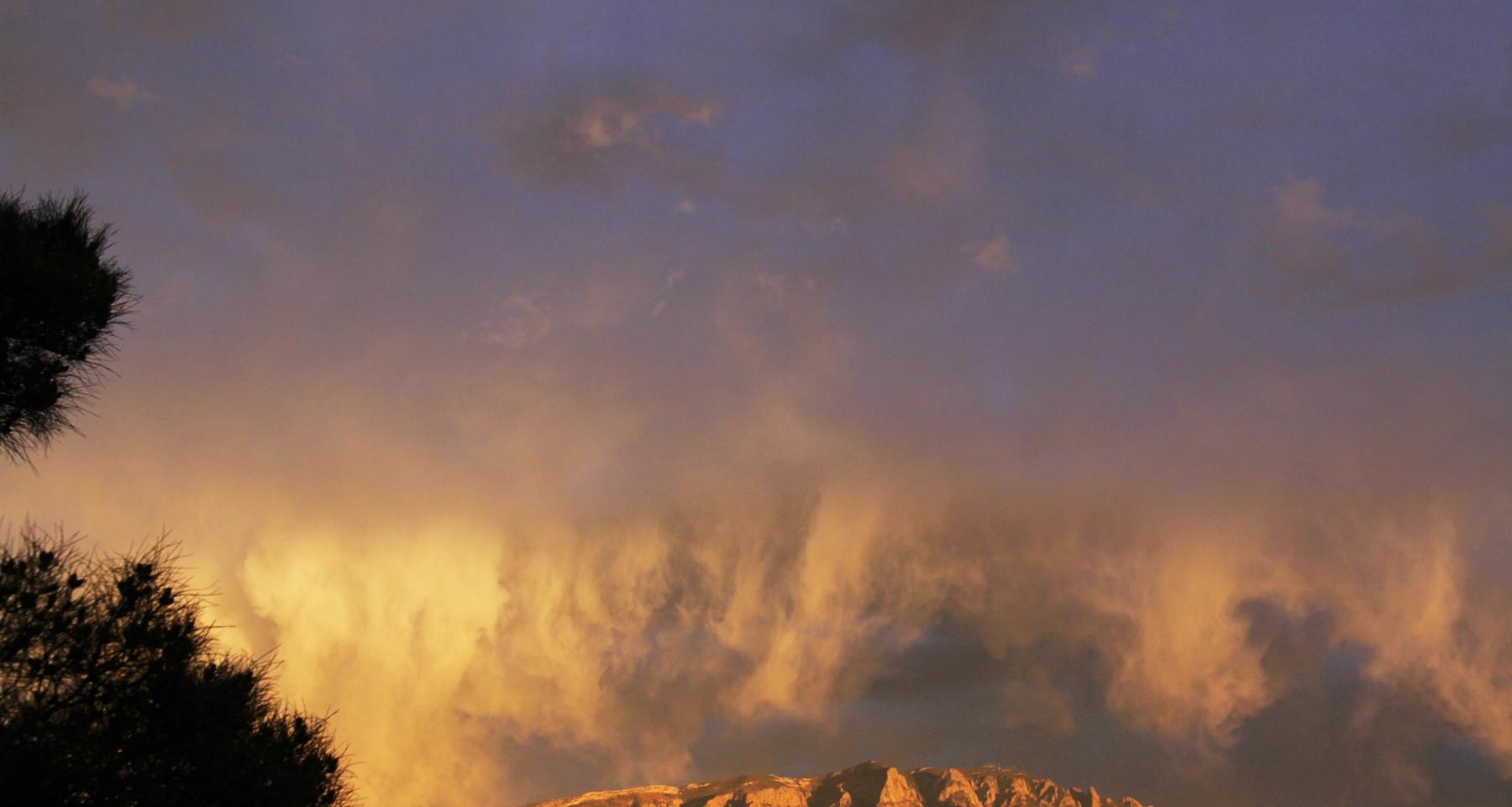 Sun Caleideoscope at Sunset