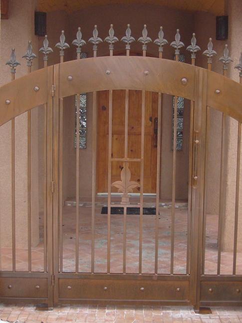 Old World Gate 12