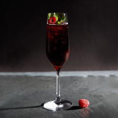 Der Schwarze Sekt Cocktail.jpg
