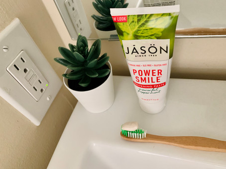 Common Ingredients in Natural Toothpaste