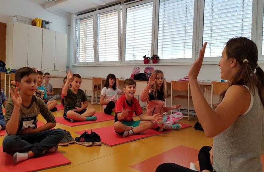 predstavitve_OÅ_slikca_joga.jpg