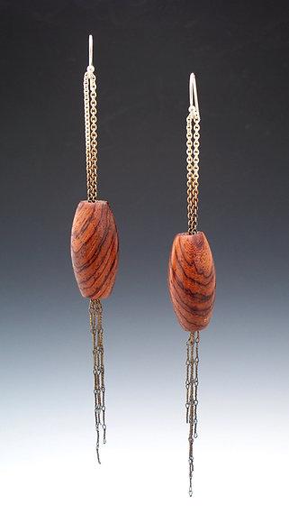 Chain Pendant Earrings: Rosewood