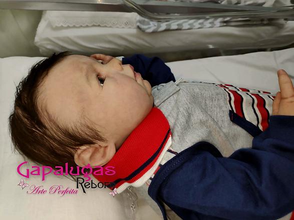 Bebê reborn feito do kit Lovelyn Awake