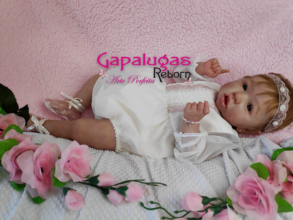 Bebê reborn kit Saskia
