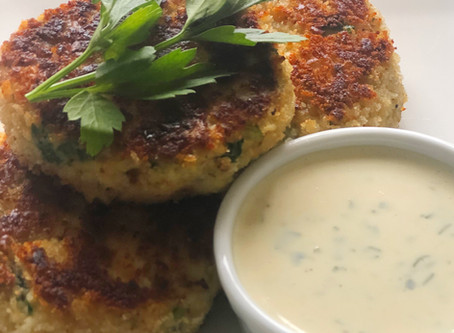 Classic Crab Cakes with a Lemon-Mustard Sauce