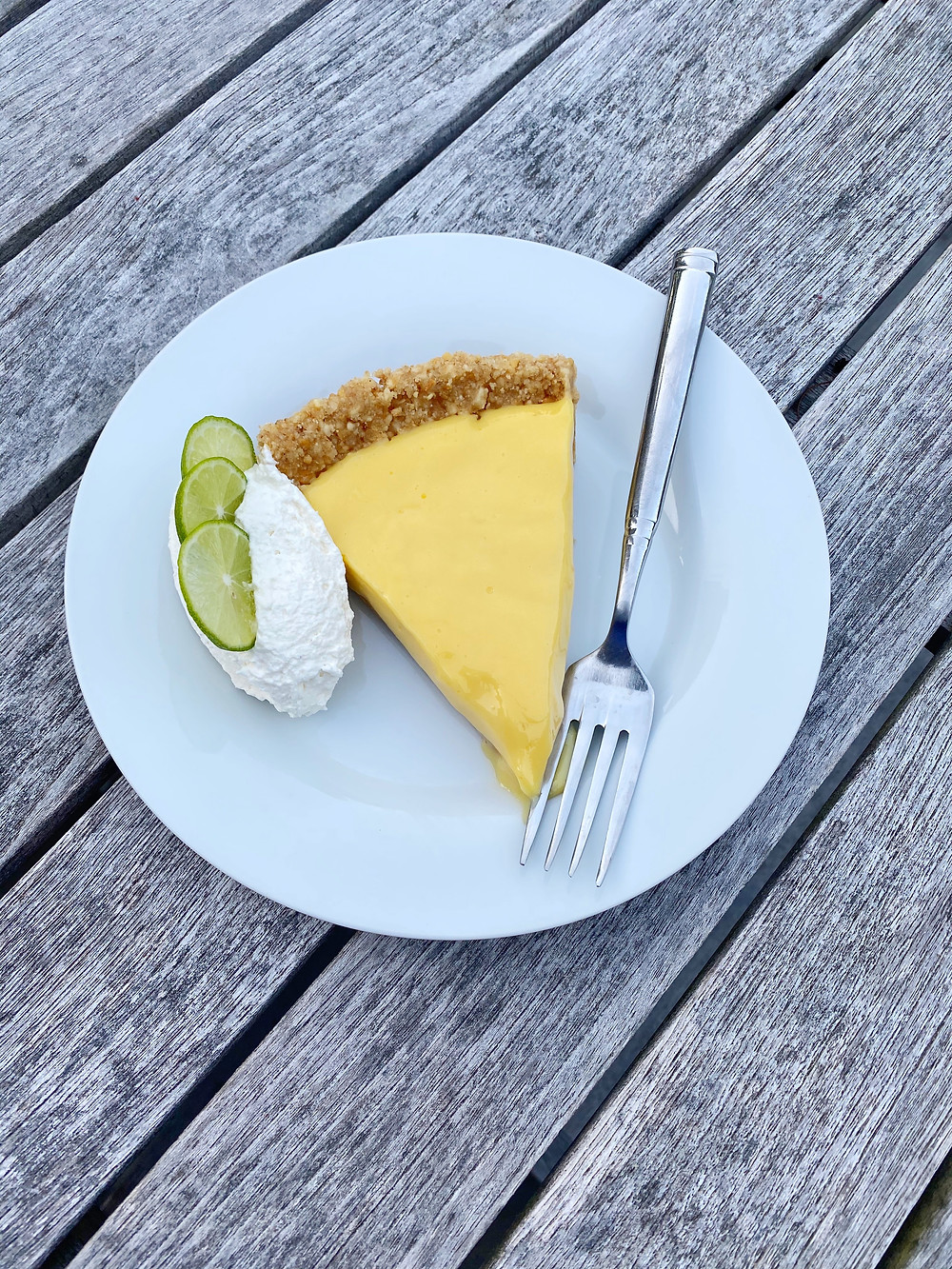 Key Lime Pie with Cashew Graham Cracker Crust