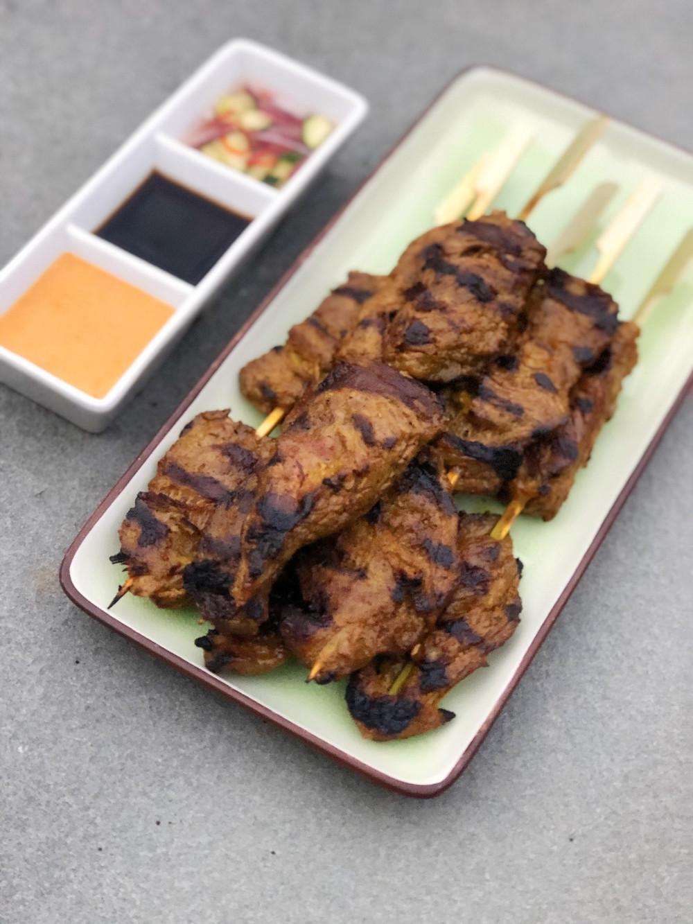 Beef Satay Skewers with Peanut Sauce