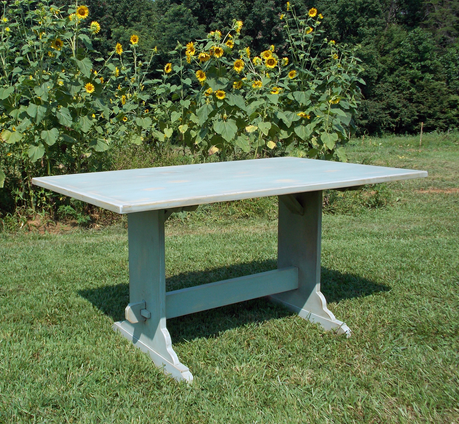 Country Trestle Tavern Table