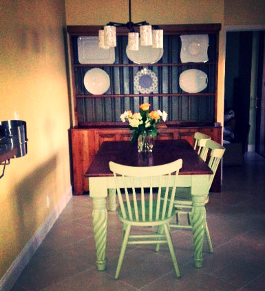 Dining room 1_edited_edited.jpg
