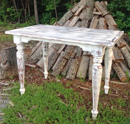 Cristo Tavern Table