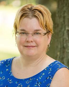 Head shot of Michelle Pellin