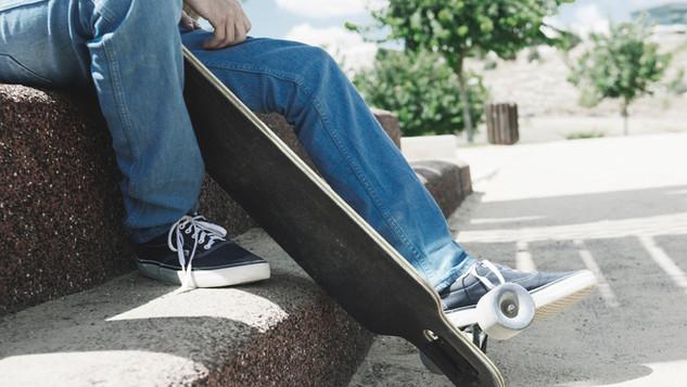 Skater auf der Stufe