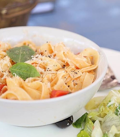 Try out our #tomatobasilpasta with some