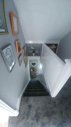 W.S Stairs Landing 2.jpg