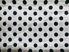Атлас-горох 25 мм Черный на белом