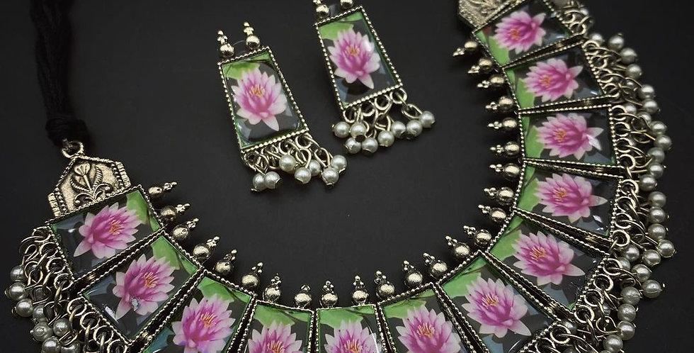 Handmade Photo Meaankari Lotus choker set Jewellery