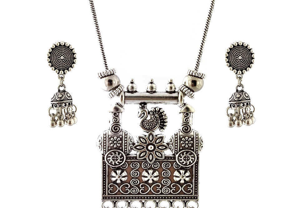 Oxidized Chain Necklace Set in Traditional Style Peacock Pendent  with  Jhumka
