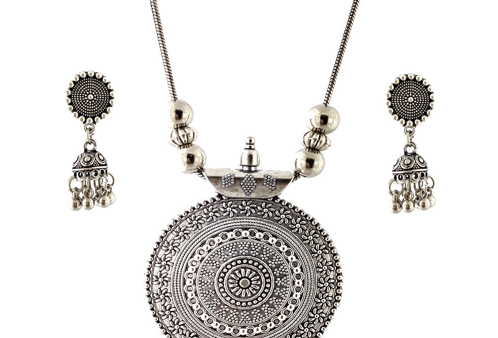 Oxidized Chain Necklace Set in Stylish Round Floral Shape Pendent  with  Jhumka