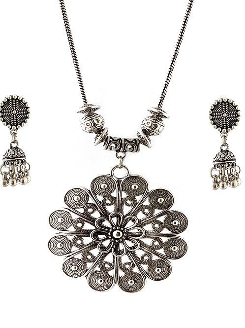 Oxidized Chain Necklace Set in Stylish Flower Pettren Pendent  with  Jhumka
