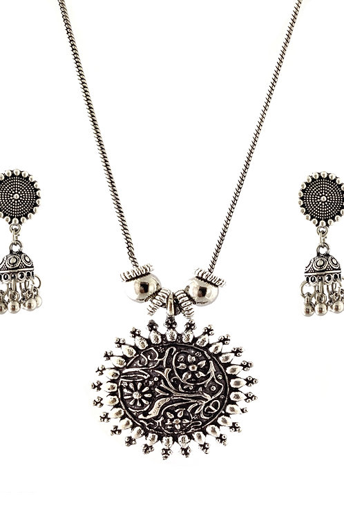 Oxidized Chain Necklace Set in Stylish Floral Pettren Pendent  with  Jhumka