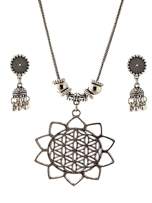 Oxidized Chain Necklace Set in Stylish Sun Flower Pendent  with  Jhumka