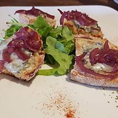 Bruschetta Con Gorgonzola E Cipolla