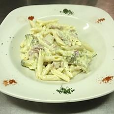 Penne Con Broccoli E Pancetta