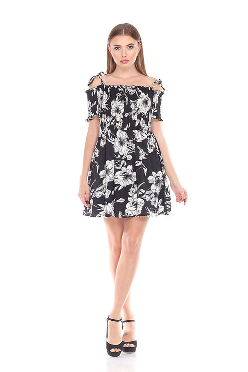 Style #70069 in Floral ($18.00/piece)