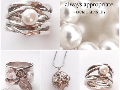 Maak zelf een zilveren ring en versier het met parels en zirconia steentjes