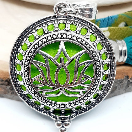 Bijou de sac  à parfumer - Fleur de Lotus - vert