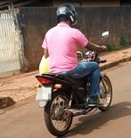 FLAGRANTE: Vereador desrespeita normas de trânsito