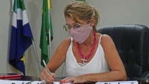 Prefeita de SIDROLÂNDIA diz que nomeação de parentes 'foi um erro' e afirma que irá revogá-las
