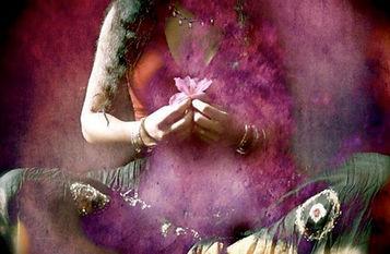 feminin-sacre-3.jpg