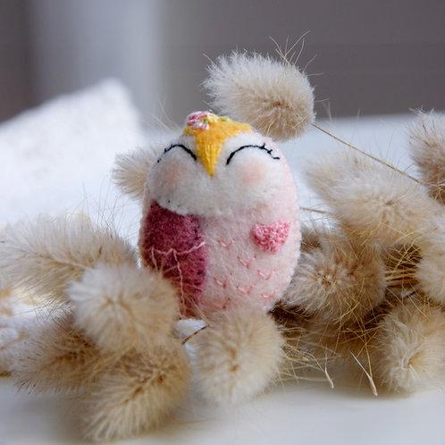 Mia Owl Wool Brooch