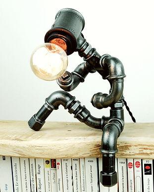 Photo Pierre 10 lampe-plomberie-poseur-p
