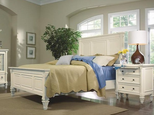 Ashby Patina White Queen Panel Bed