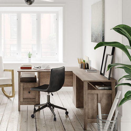 Arlembry Large L-Shape Desk w/ Return