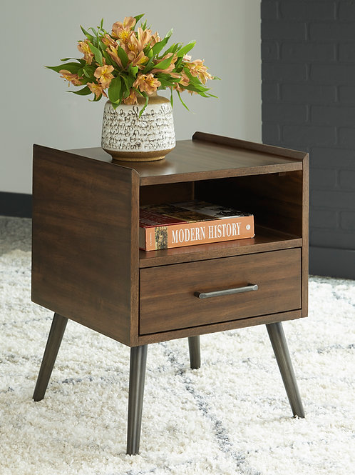 Calmoni Square End Table