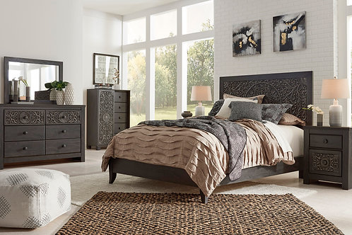 Paxberry Bedroom Set