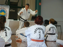 GM Hwang Demostrating