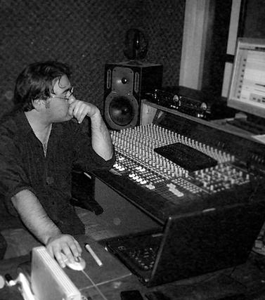 Tran Aqua Studios at 979FM