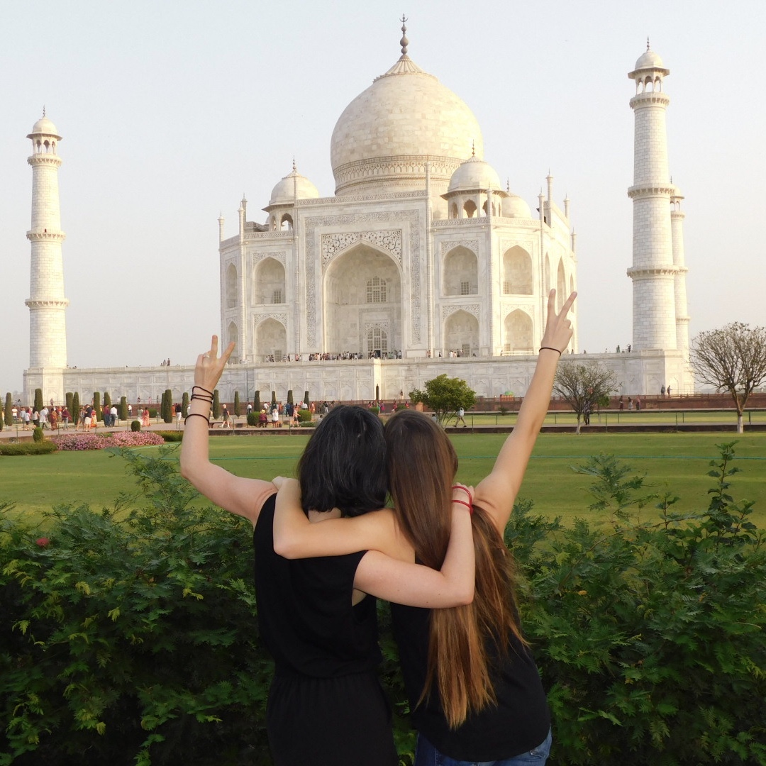 Saluting the Taj Mahal