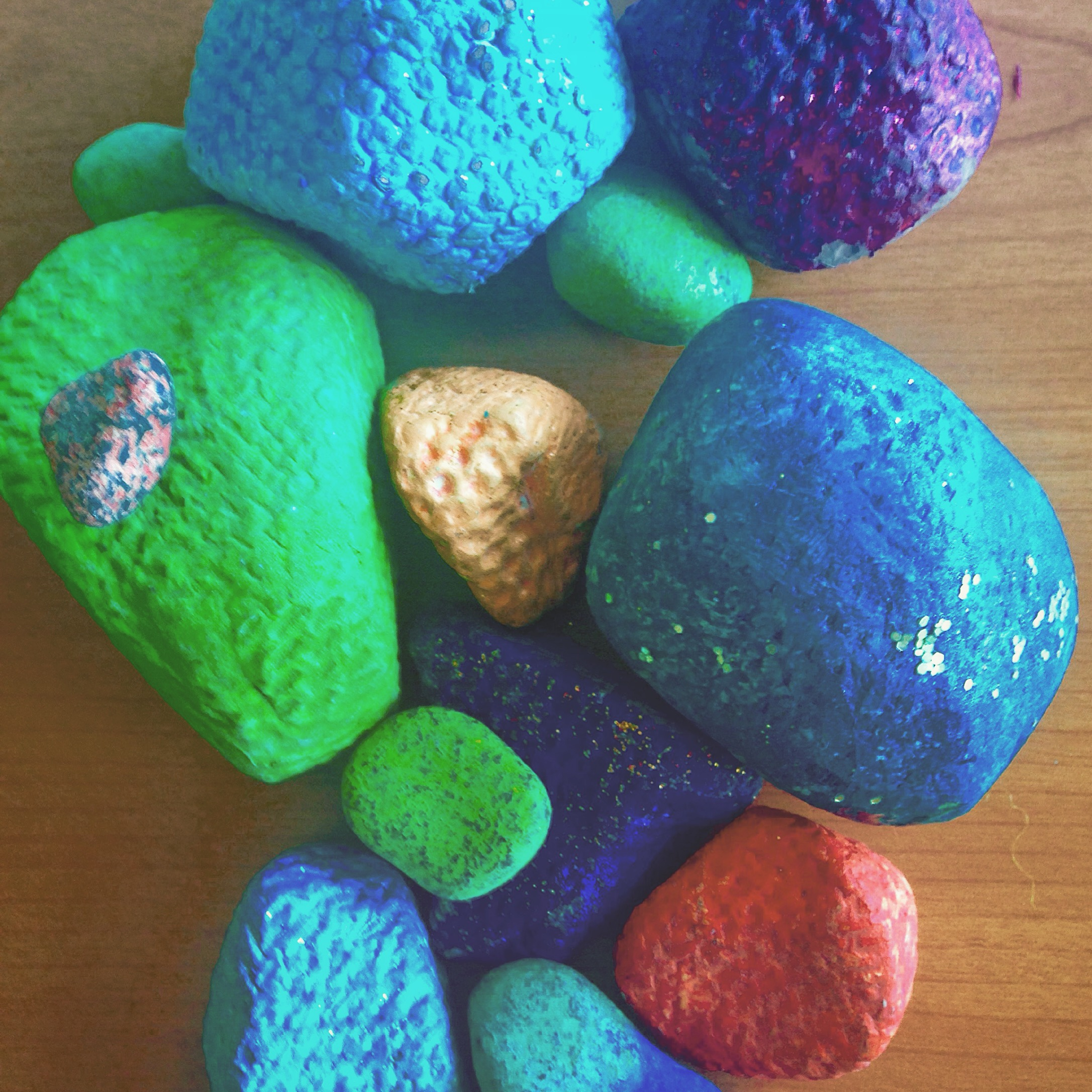 Clay Rocks: Tertiary Colour