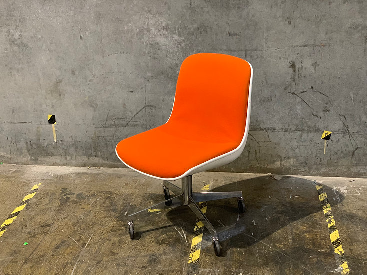 Steelcase Knoll Style Executive Chair